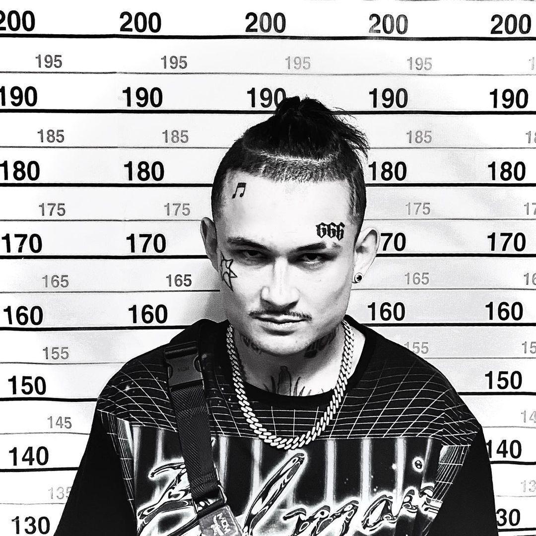 Скандальный российский рэпер и блогер Моргенштерн (Алишер Валеев), который ранее запланировал концерты в Украине в 2021 году