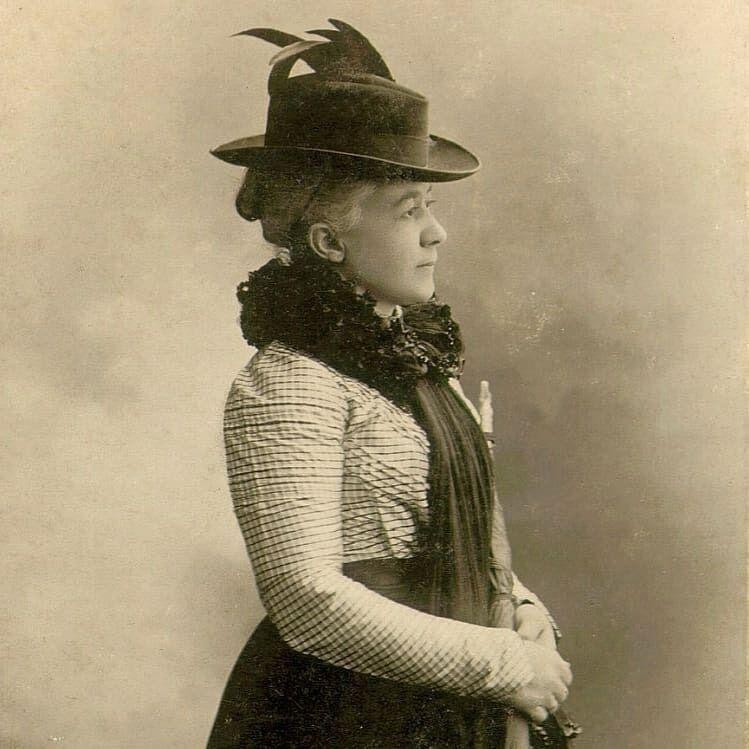 Редкие архивные портреты XIX века