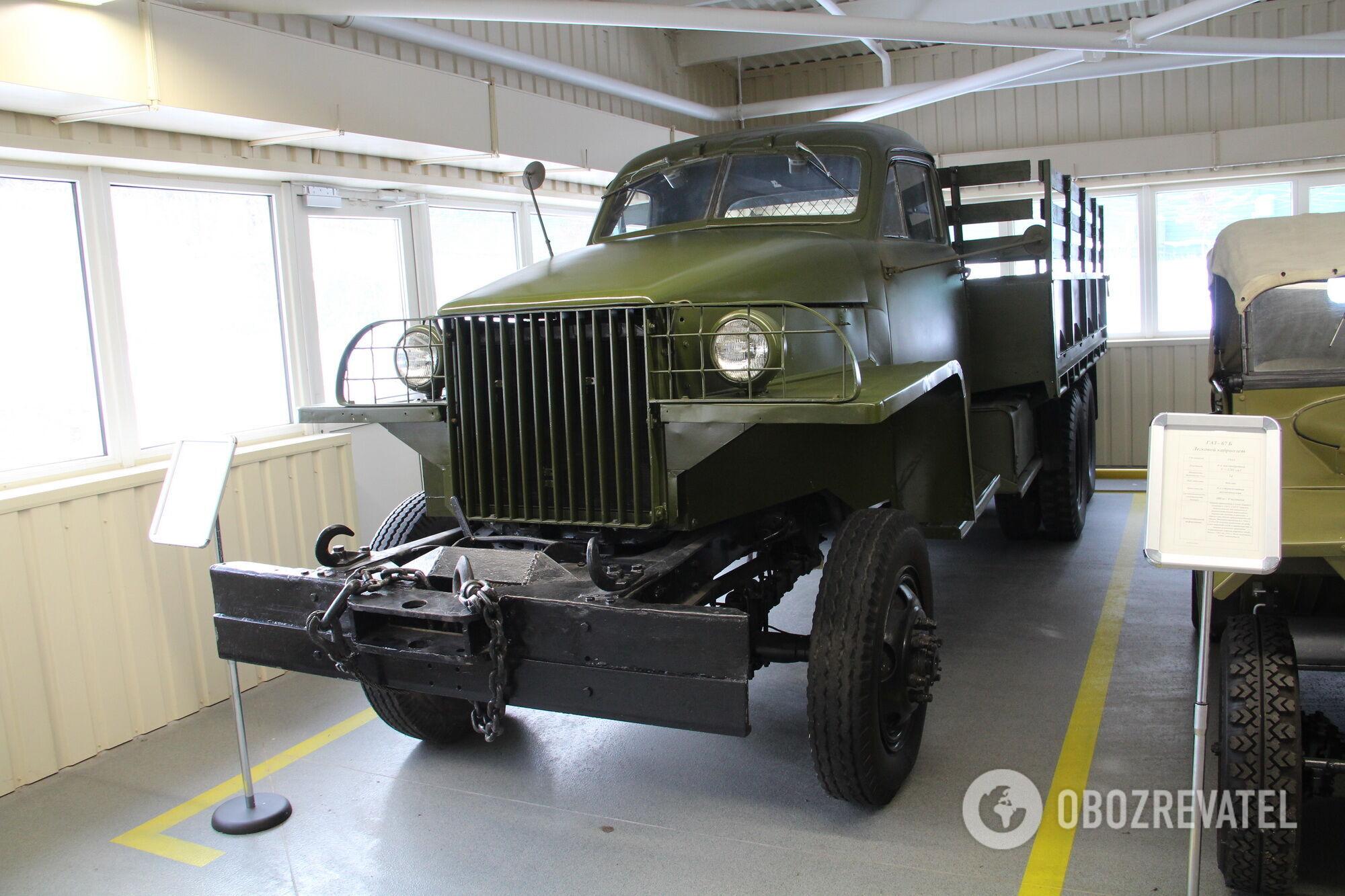 Studebaker US6 в экспозиции автомобильного музея в Межигорье