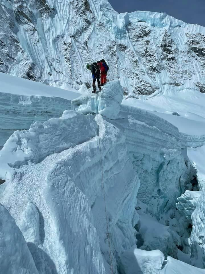 Українські альпіністи застрягли в Непалі під час встановлення рекорду