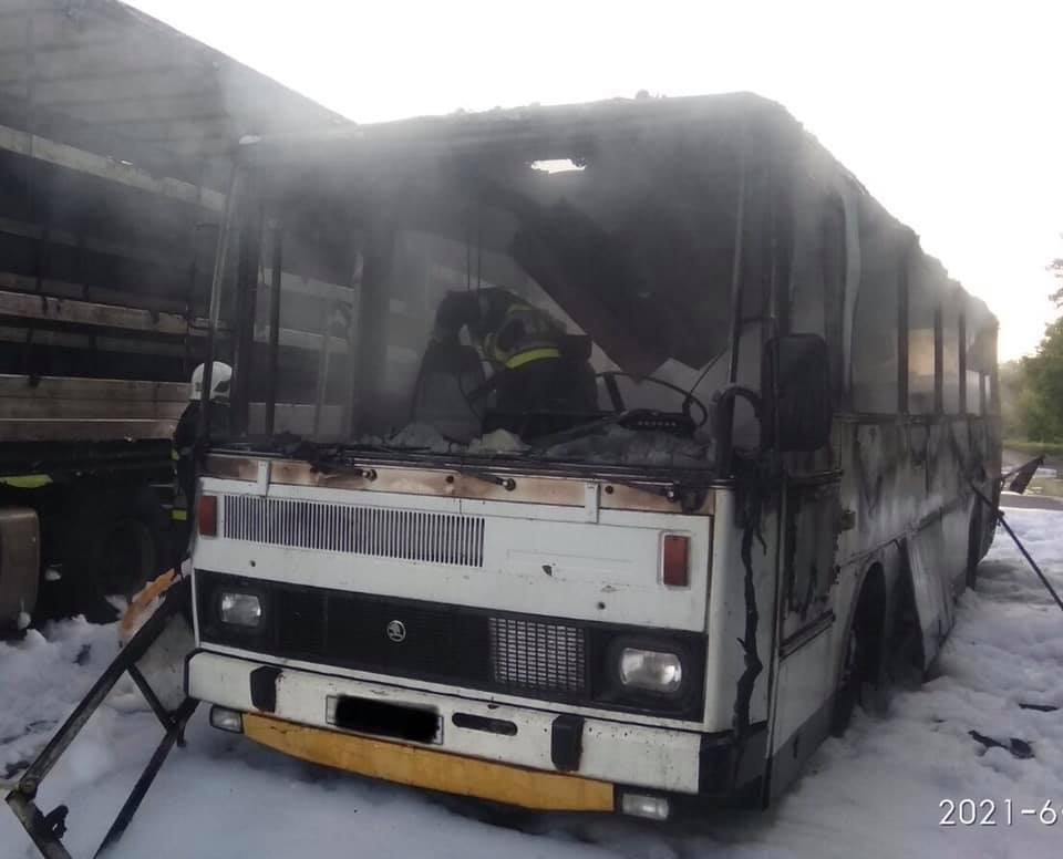 У Червонограді згорів автобус