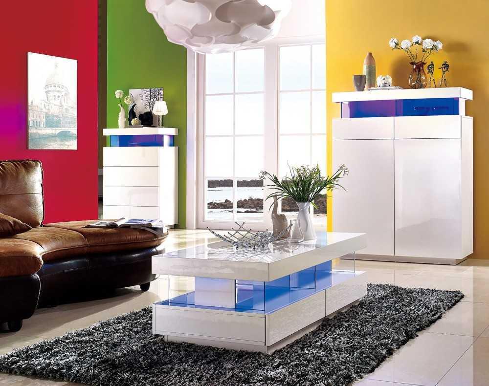 Также не следует использовать глянцевую мебель в дизайне интерьера