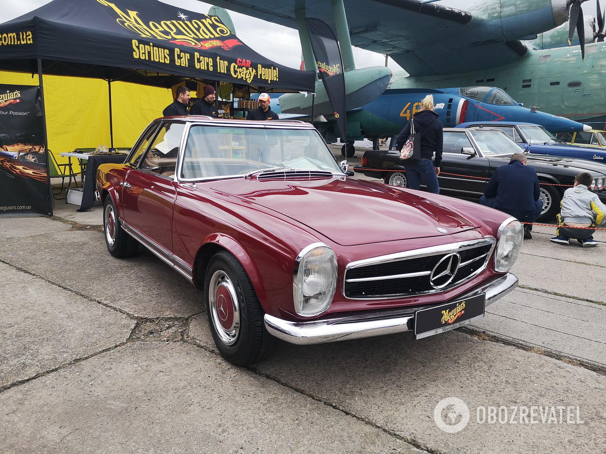 Главный приз фестиваля получил Mercedes-Benz W113 1965