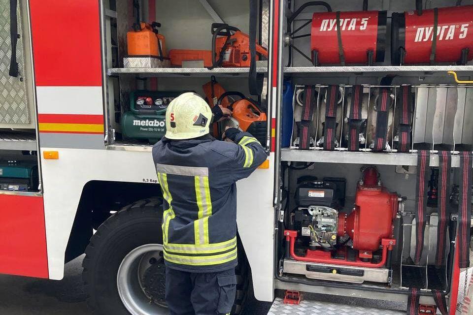Пожежа виникла в Дарницькому районі столиці.