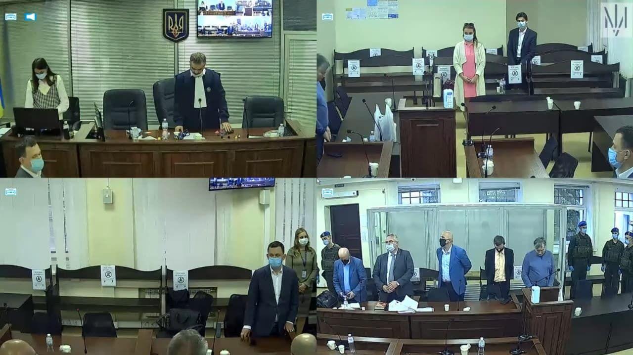 Кадры из судебного заседания по Зонтову