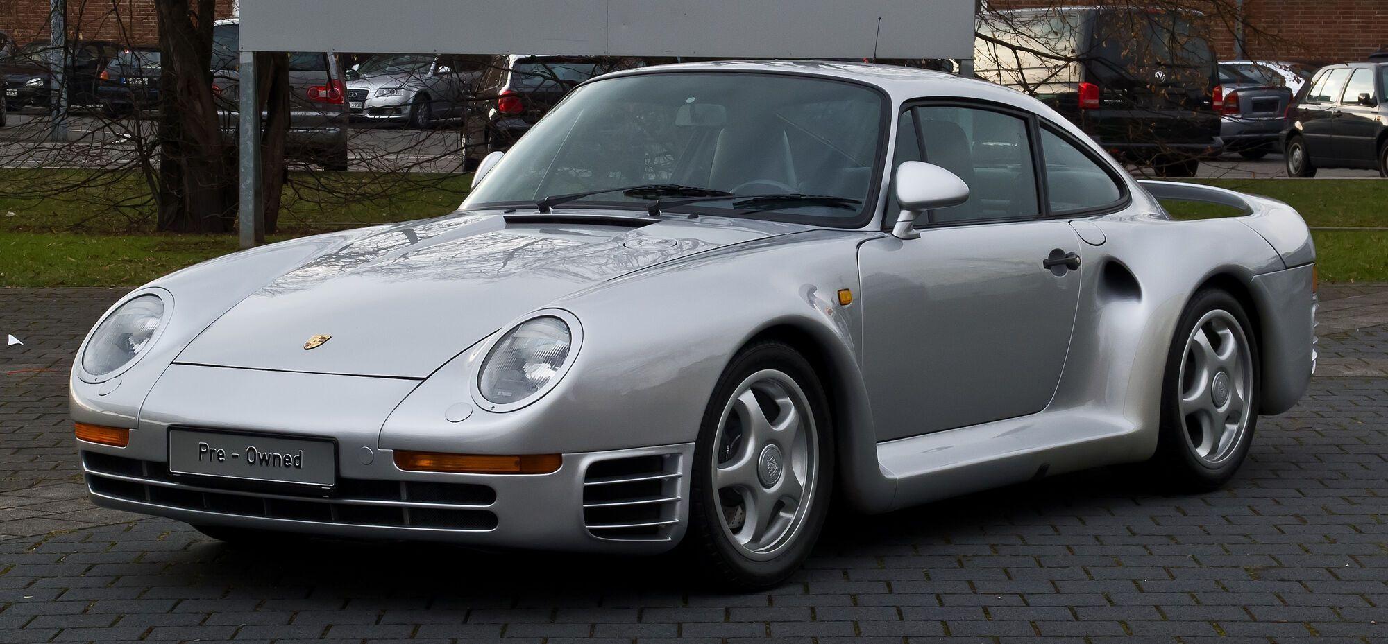 Білл Гейтс 10 років не міг їздити на своєму Porsche 959