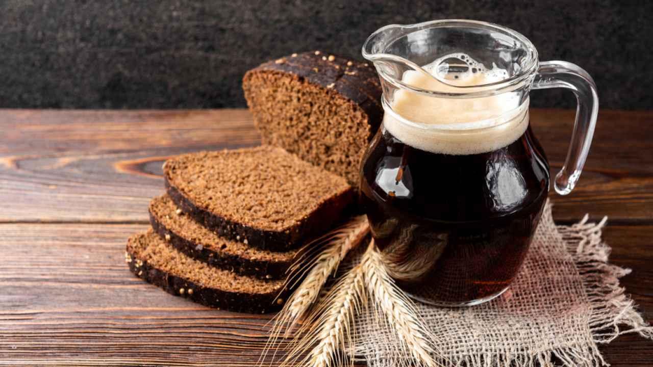 Квас із березового соку і хліба