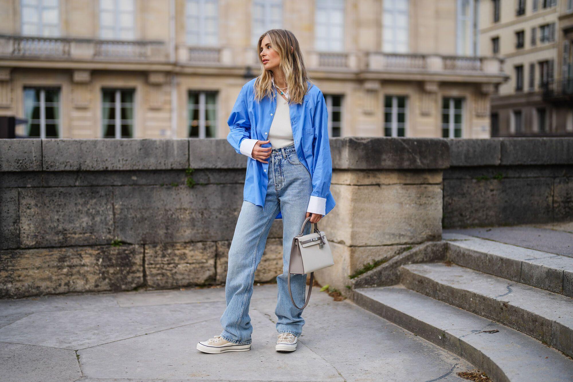 Модный образ с широкими джинсами