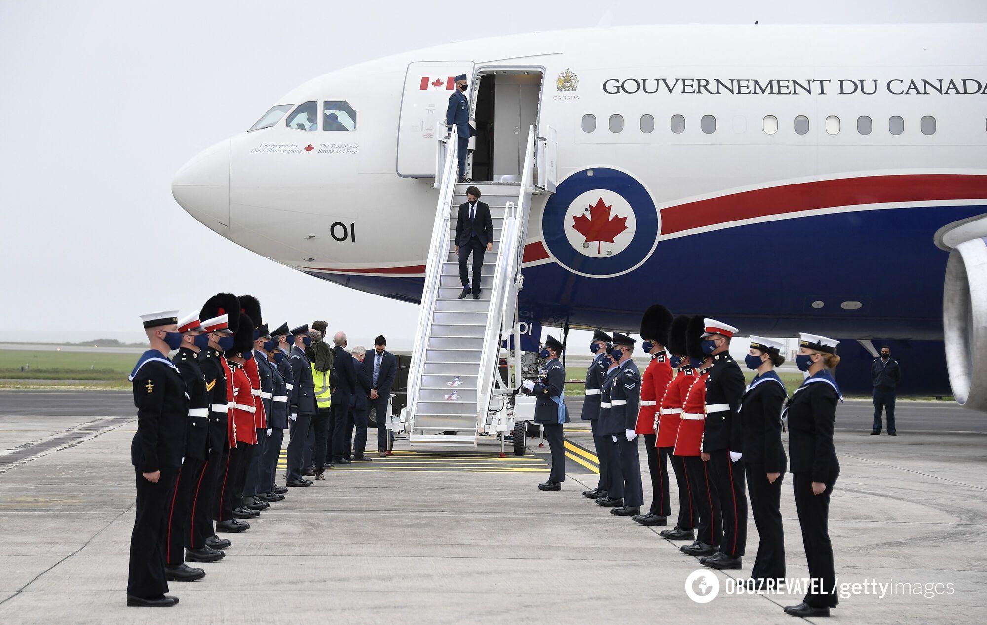 Прибытие делегации Канады на саммит G7