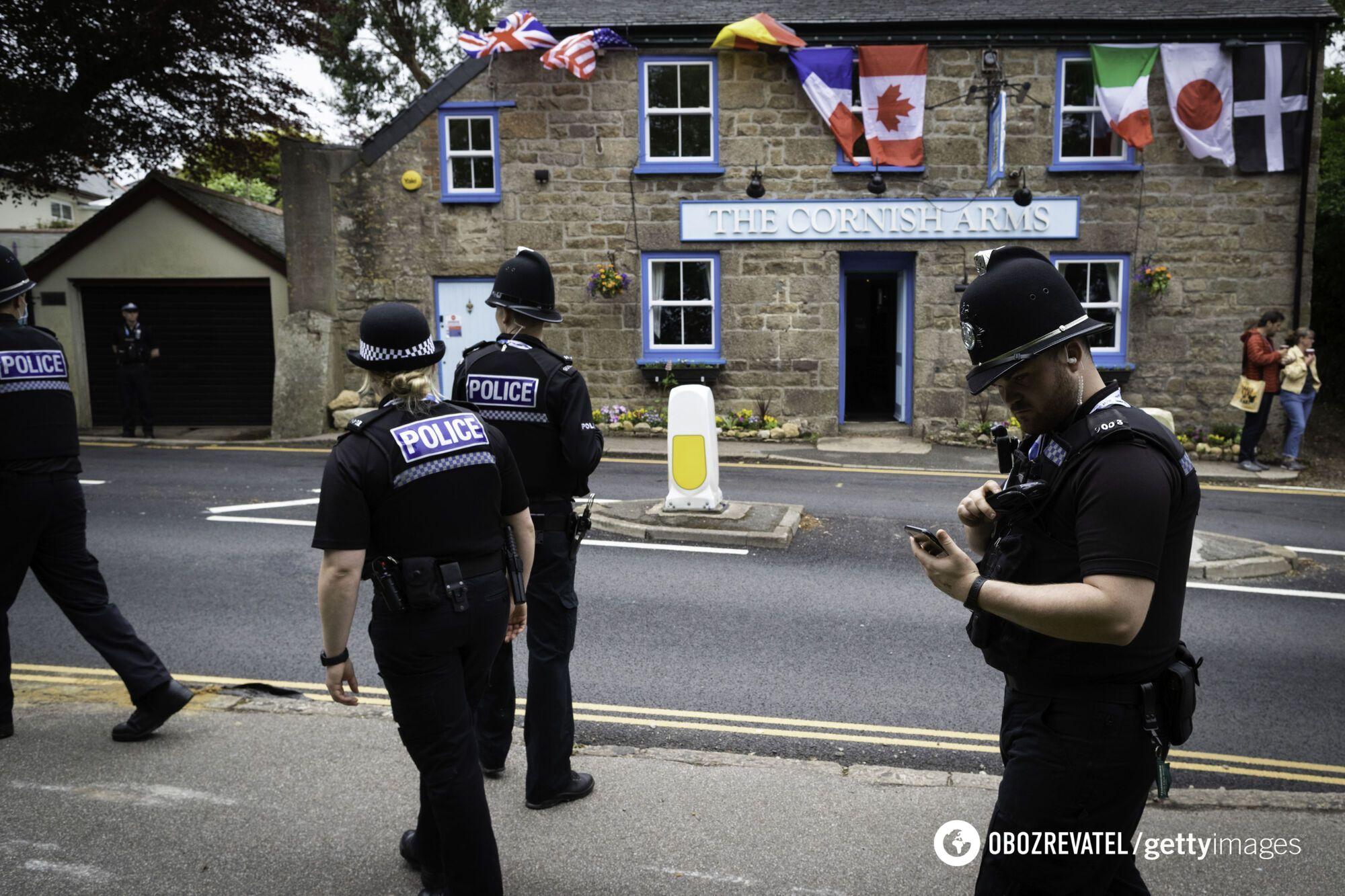 Полиция охраняет Корнуолл, где проходит саммит