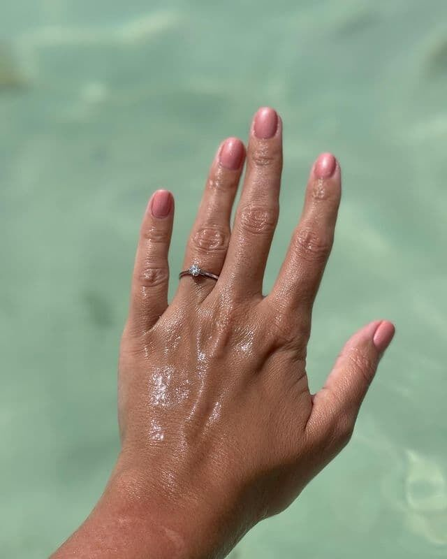Помолвочное кольцо Глинской