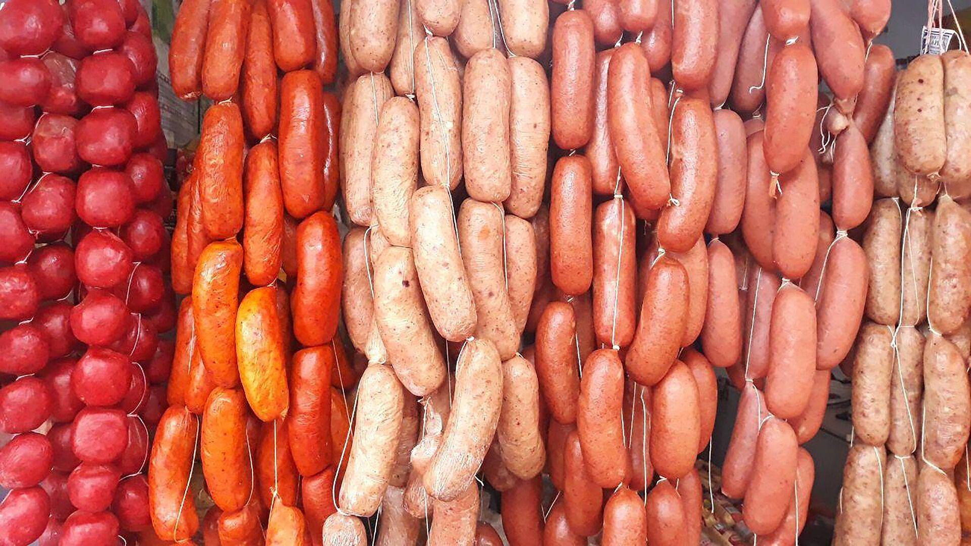 У хороших сосисках не повинно бути харчових добавок