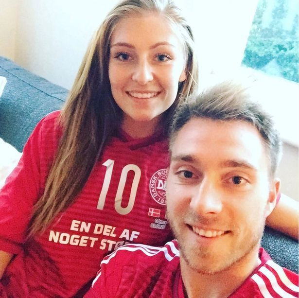Крістіан Еріксен з дружиною.