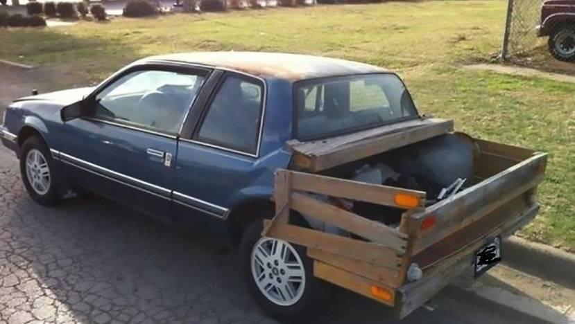 Водитель смастерил багажник.