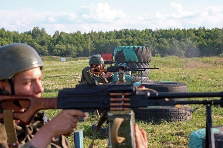 Солдати відпрацювали стрільбу по різних цілях.
