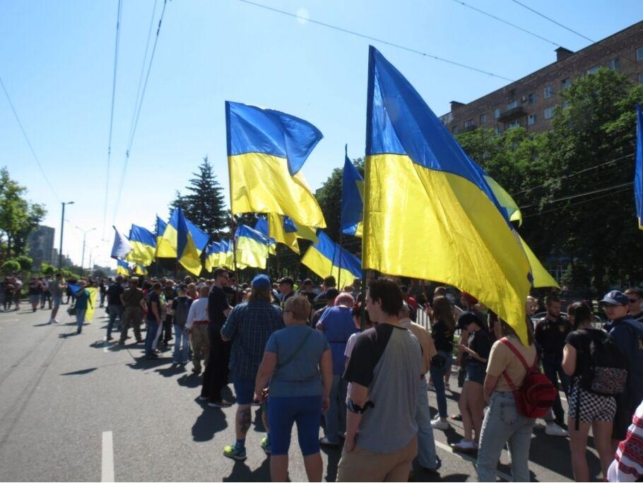 В Мариуполе состоялся марш украинских сил