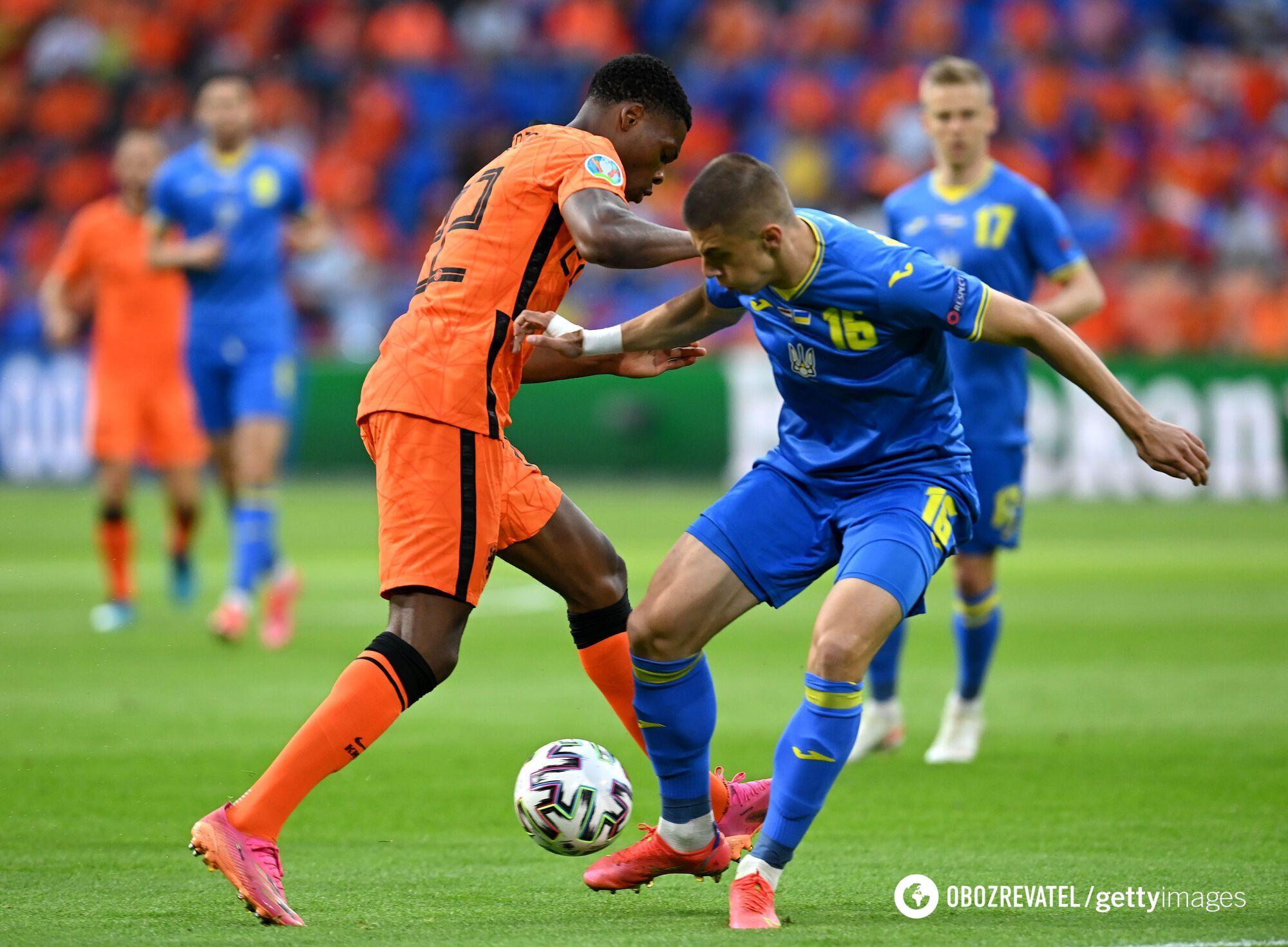 Віталій Миколенко в матчі з Нідерландами.