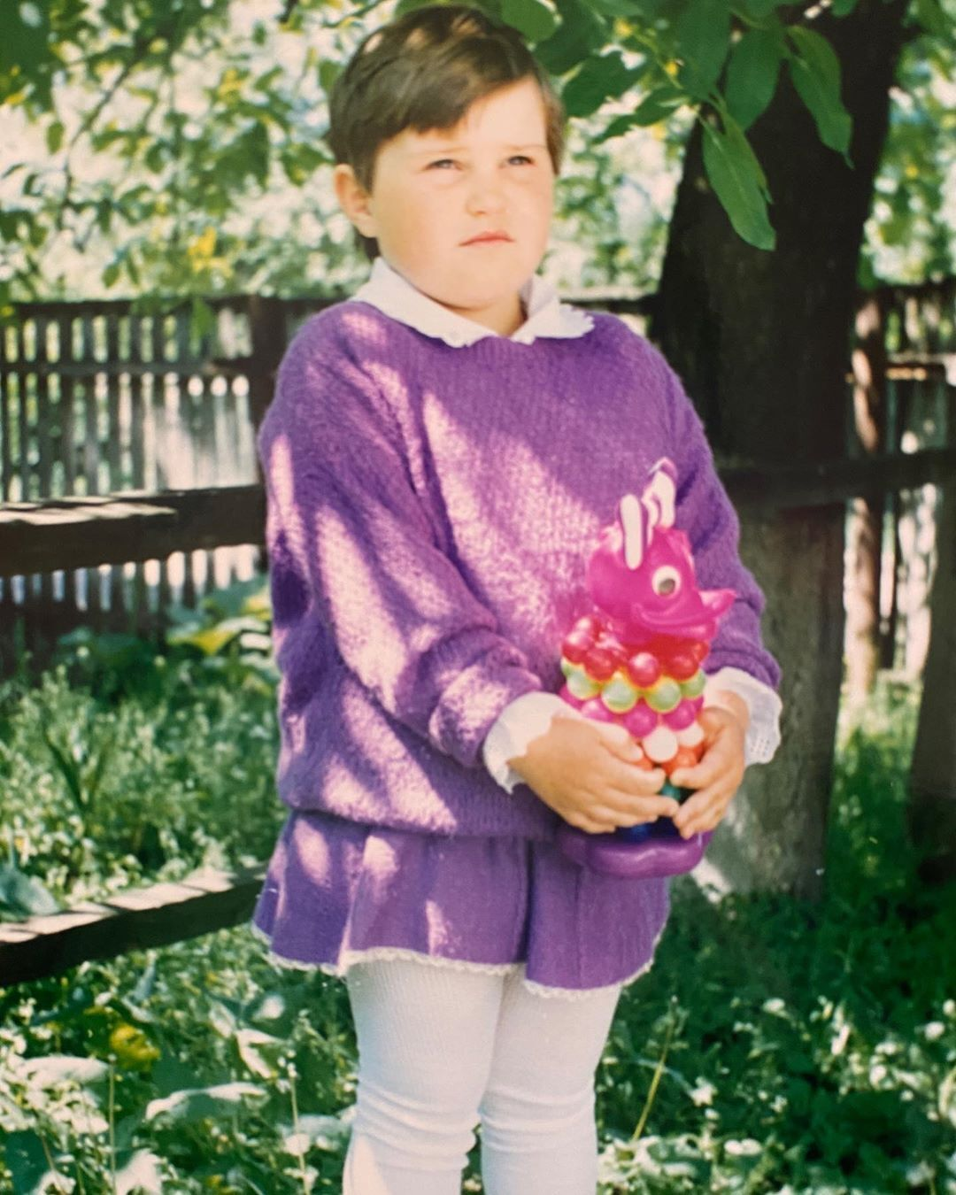 Как Alyona Alyona выглядела в детстве