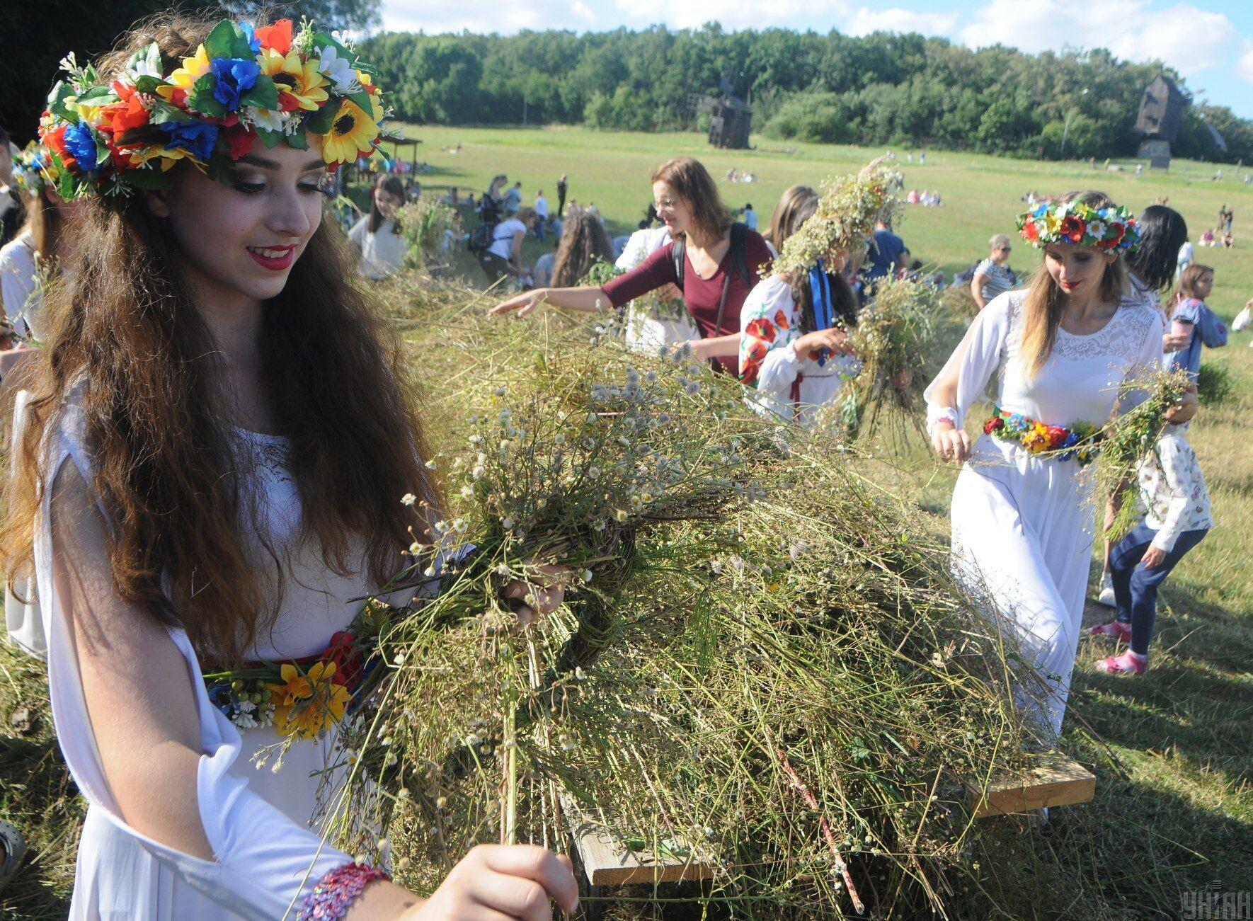 Изначально Ивана Купала праздновали в день летнего солнцестояния