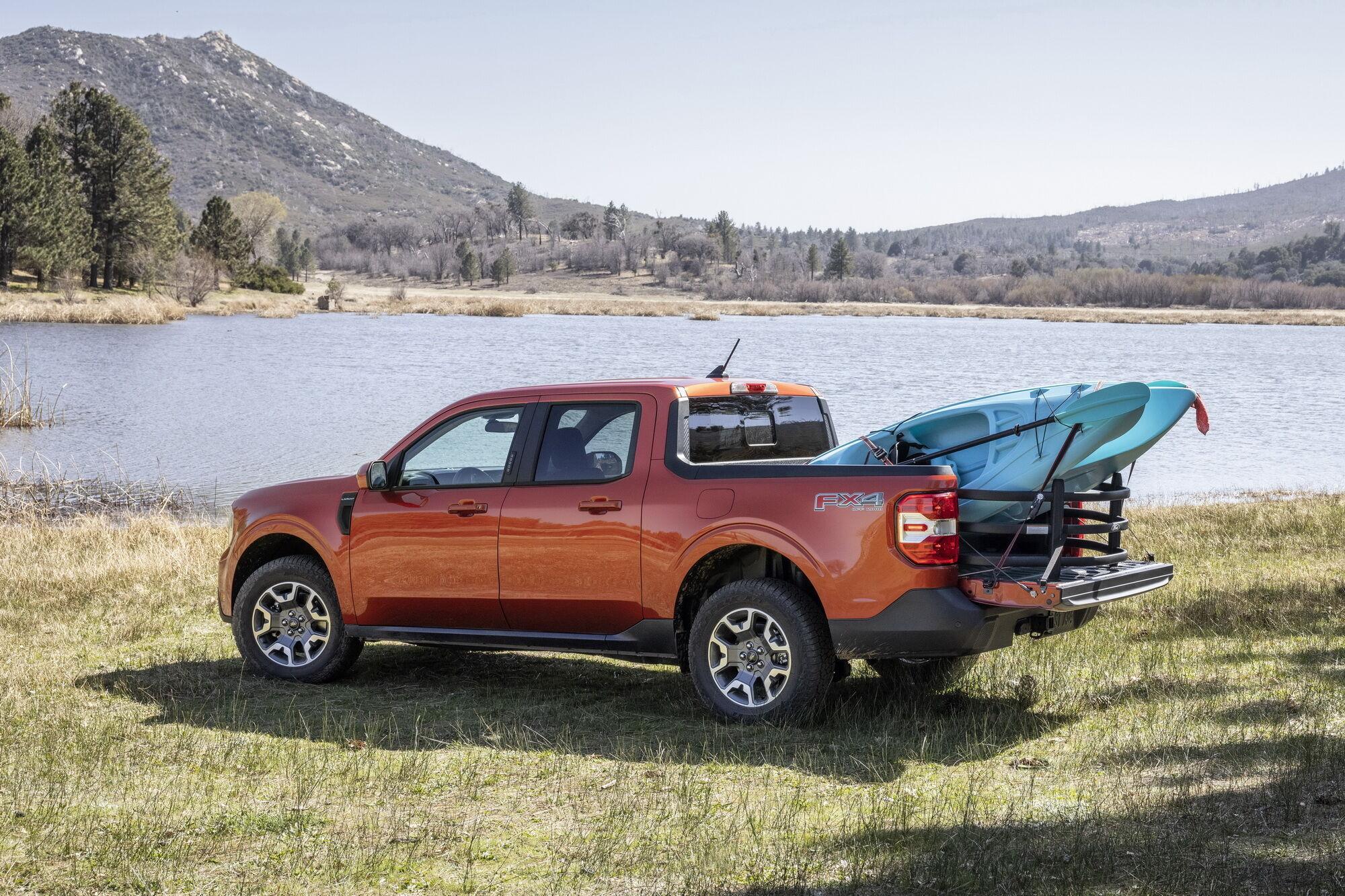 Ford Maverick стане основою для створення сімейства легких пікапів