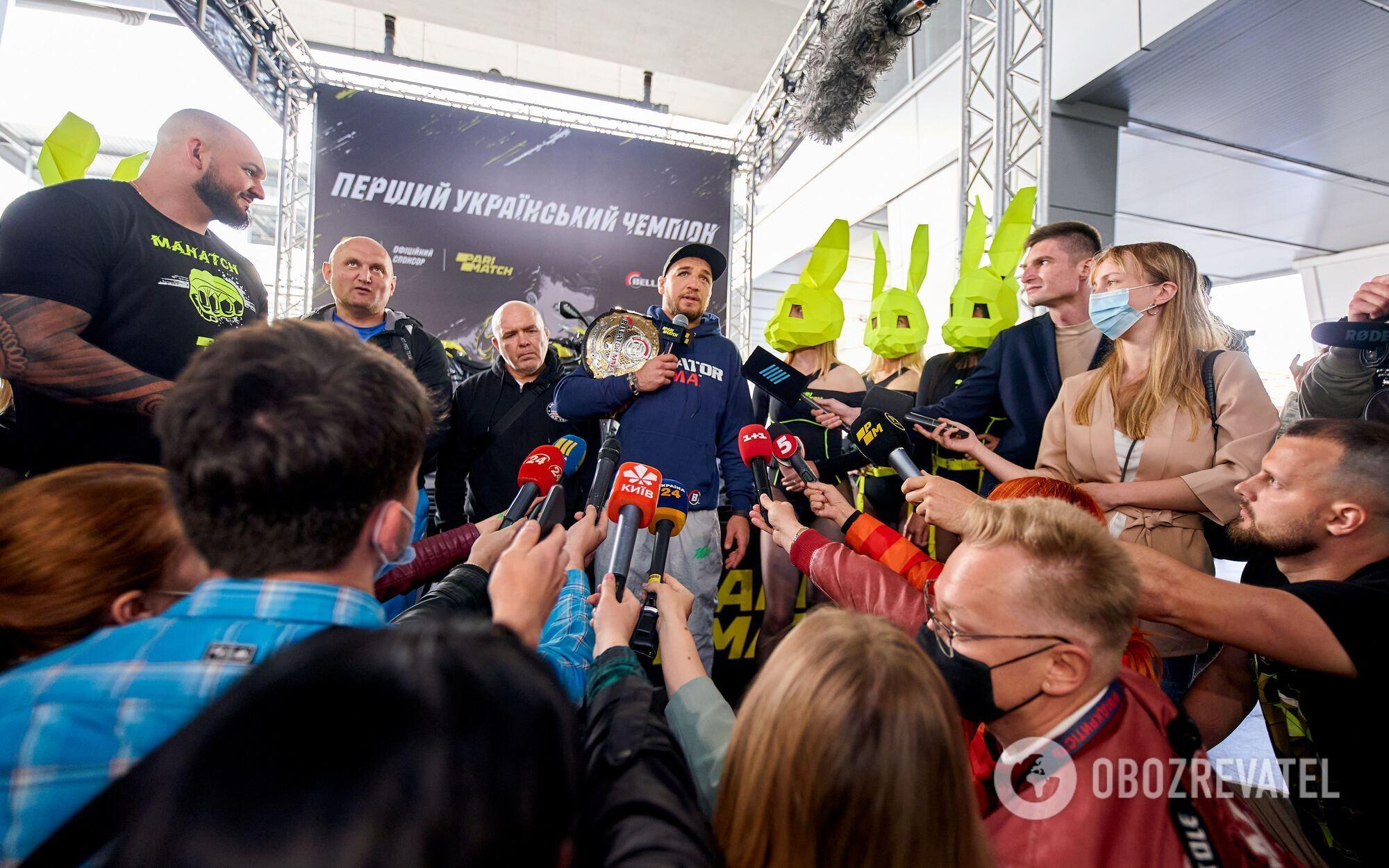 Ярослава тепло зустріли в Києві.