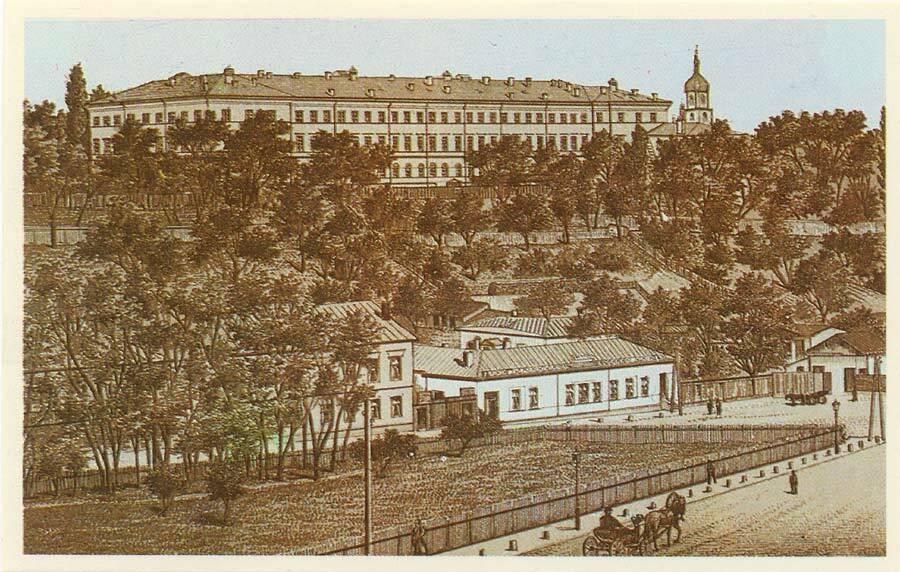 Институт благородных девиц в первой половине ХІХ века.