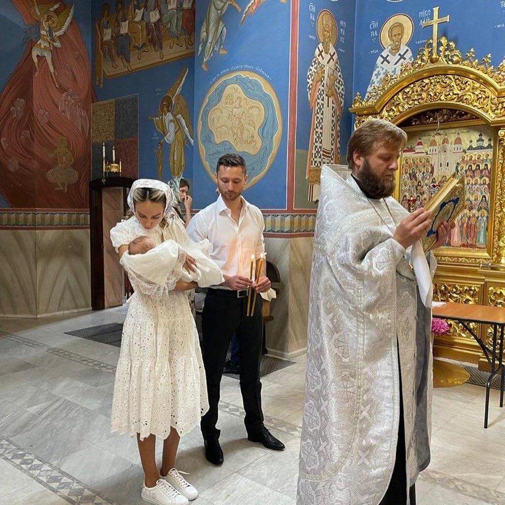 Крестные родители дочери Макса Михайлюка и Даши Хлыстун
