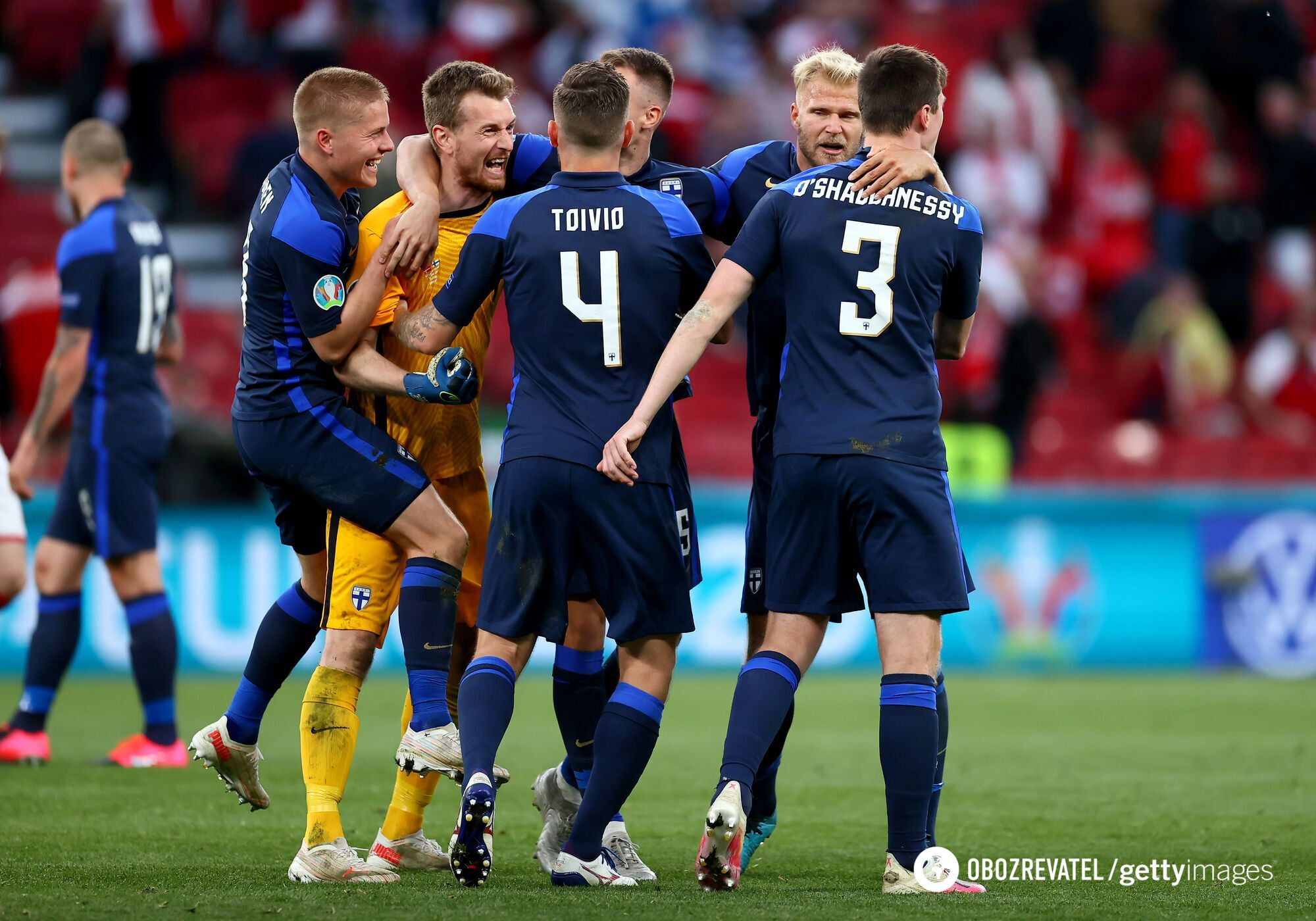Радість фінських футболістів.