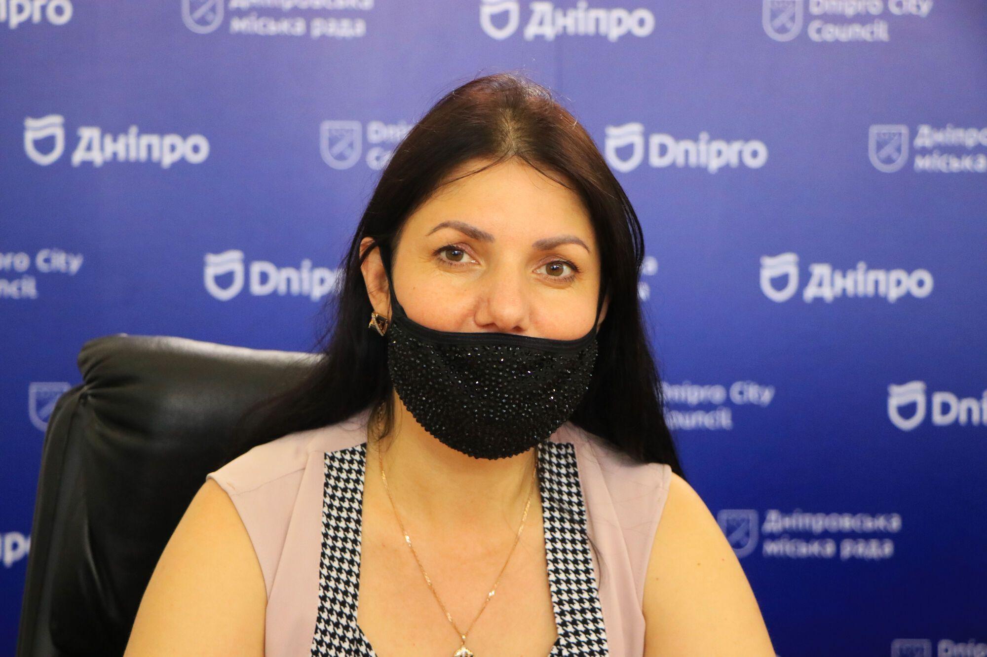 Декан факультету економіки, бізнесу та міжнародних відносин Університету митної справи та фінансів Вікторія Даценко