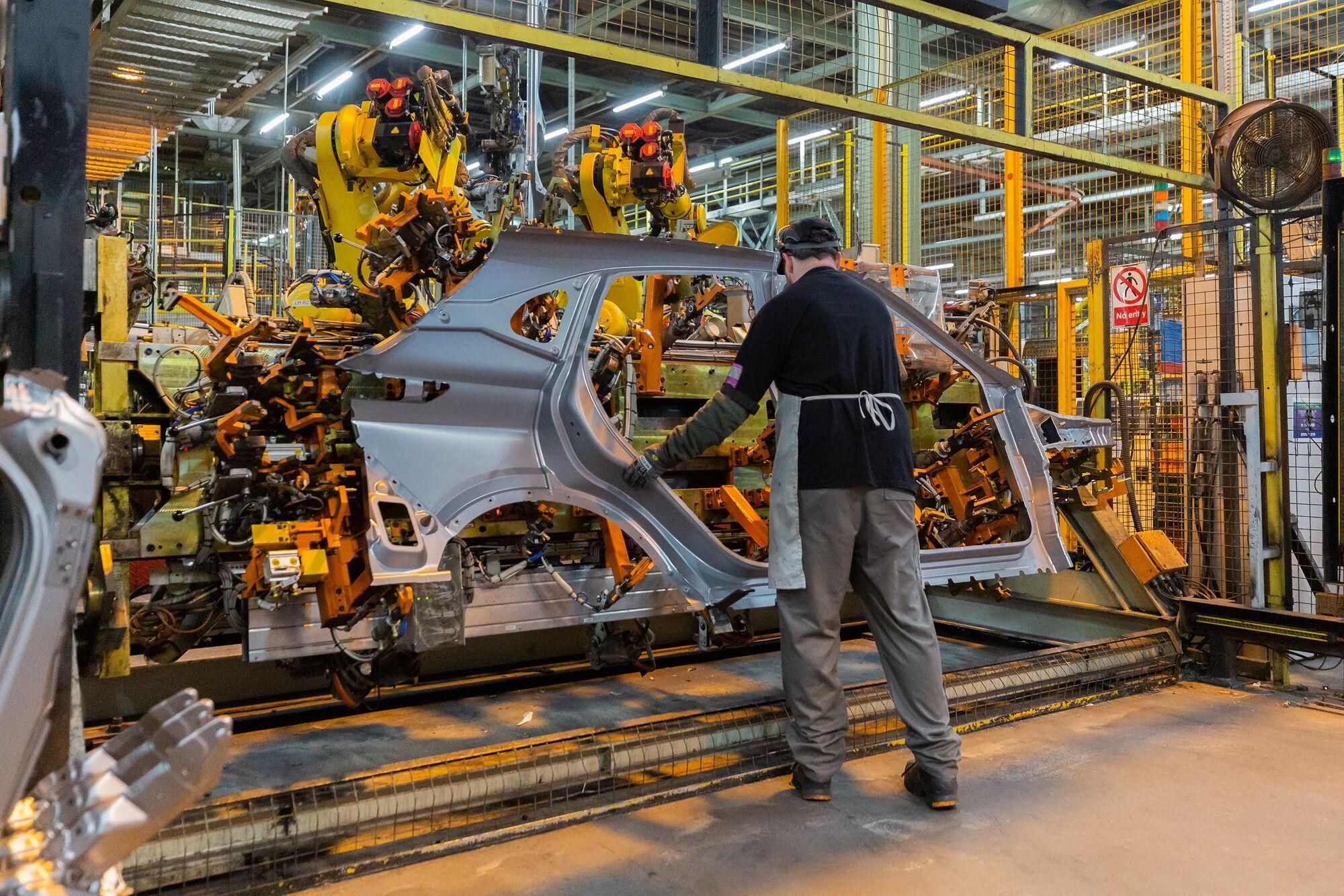 Новый Nissan Qashqai использует в свое конструкции как алюминий, так и высокопрочную сталь