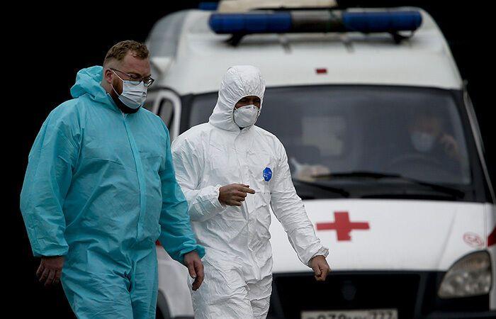 Росіяни самі не довіряють своїй вакцині