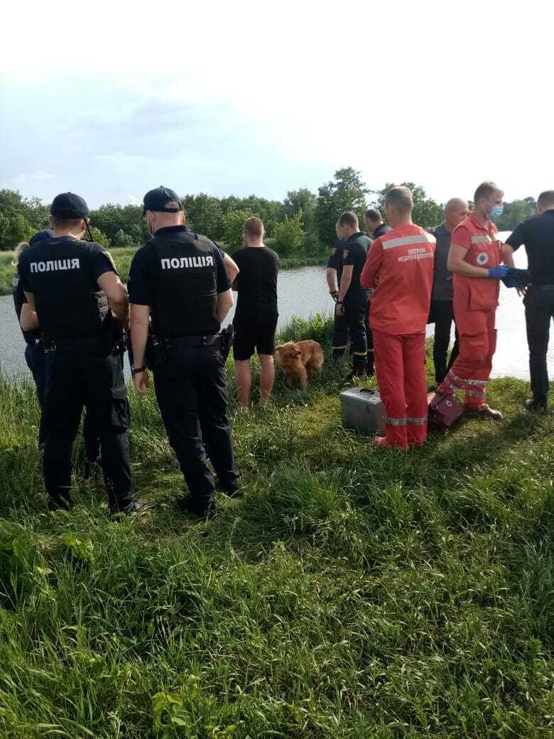 Водолазы нашли тело погибшей в 100 метрах от места происшествия.