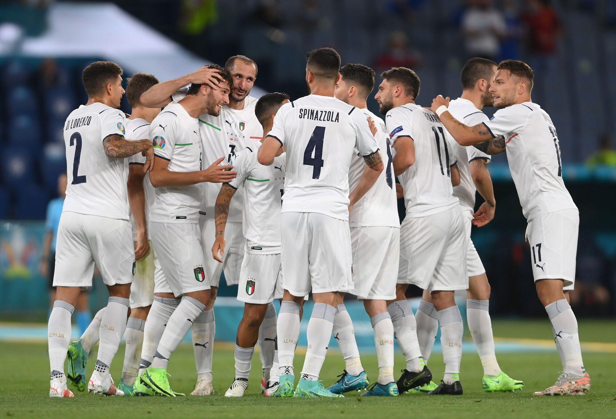 Італійці в першому матчі розгромили Туреччину.