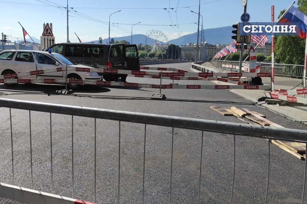 Женевский мост перекрыт.
