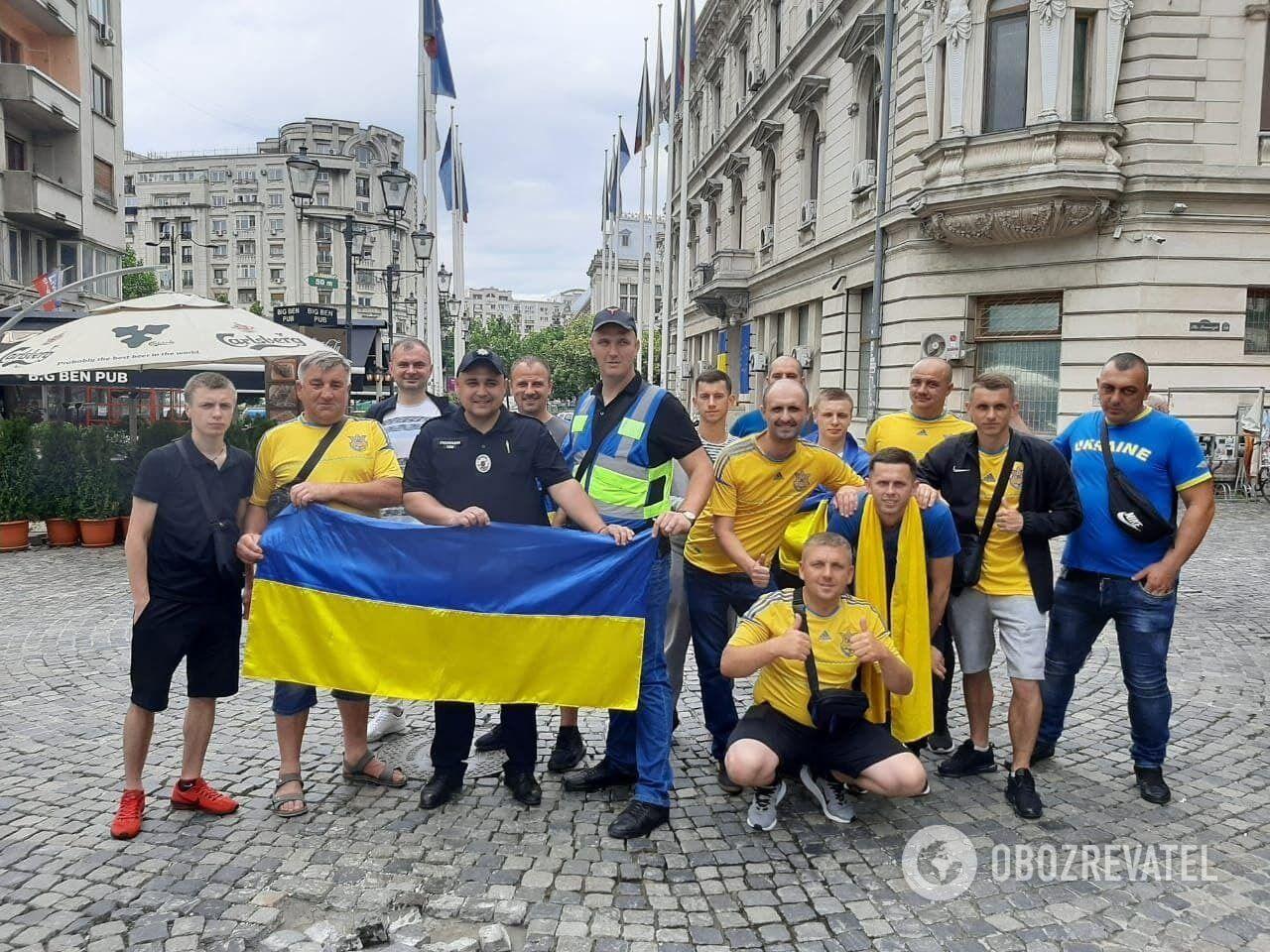 Українські поліцейські і вболівальники