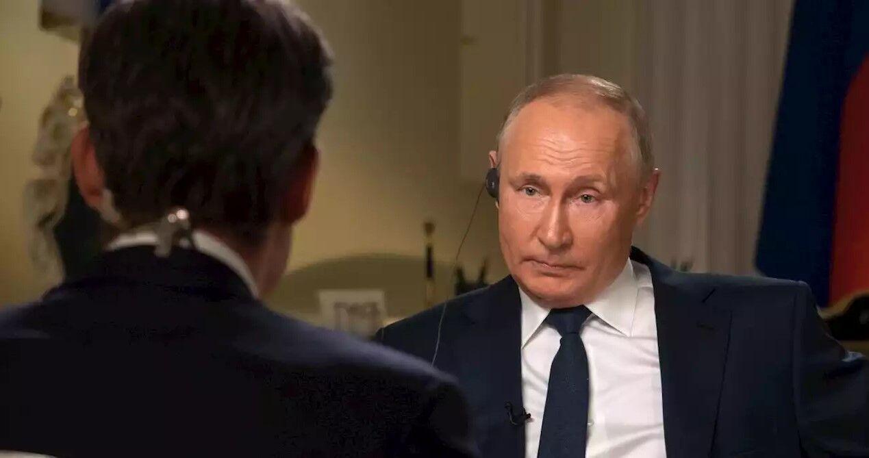 Владимир Путин во время интервью телеканалу NBC