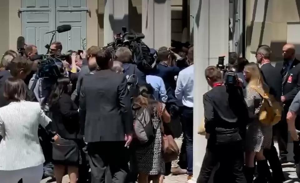 Журналисты штурмовали встречу Путина и Байдена