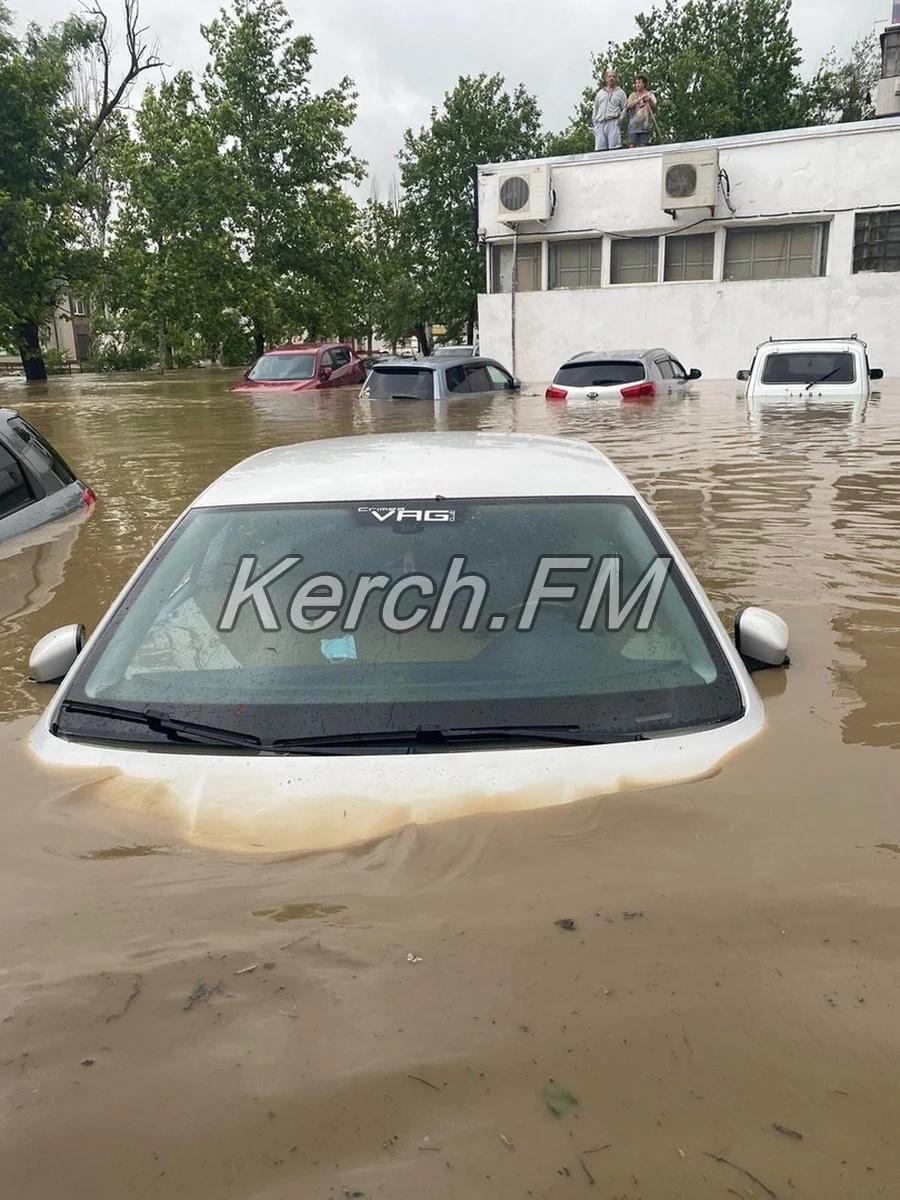 Центр Керчи оказался практически отрезан от микрорайона Аршинцево