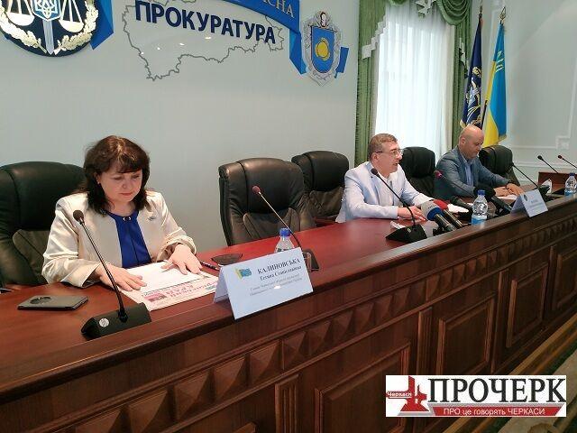 В НСЖУ и прокуратуре рассказали новые детали расследования убийства черкасского журналиста Комарова
