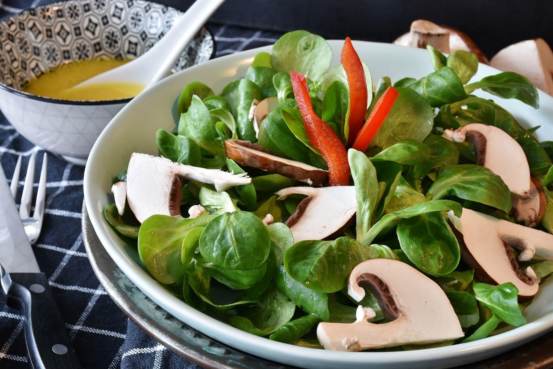 На ужин можно приготовить легкий салат