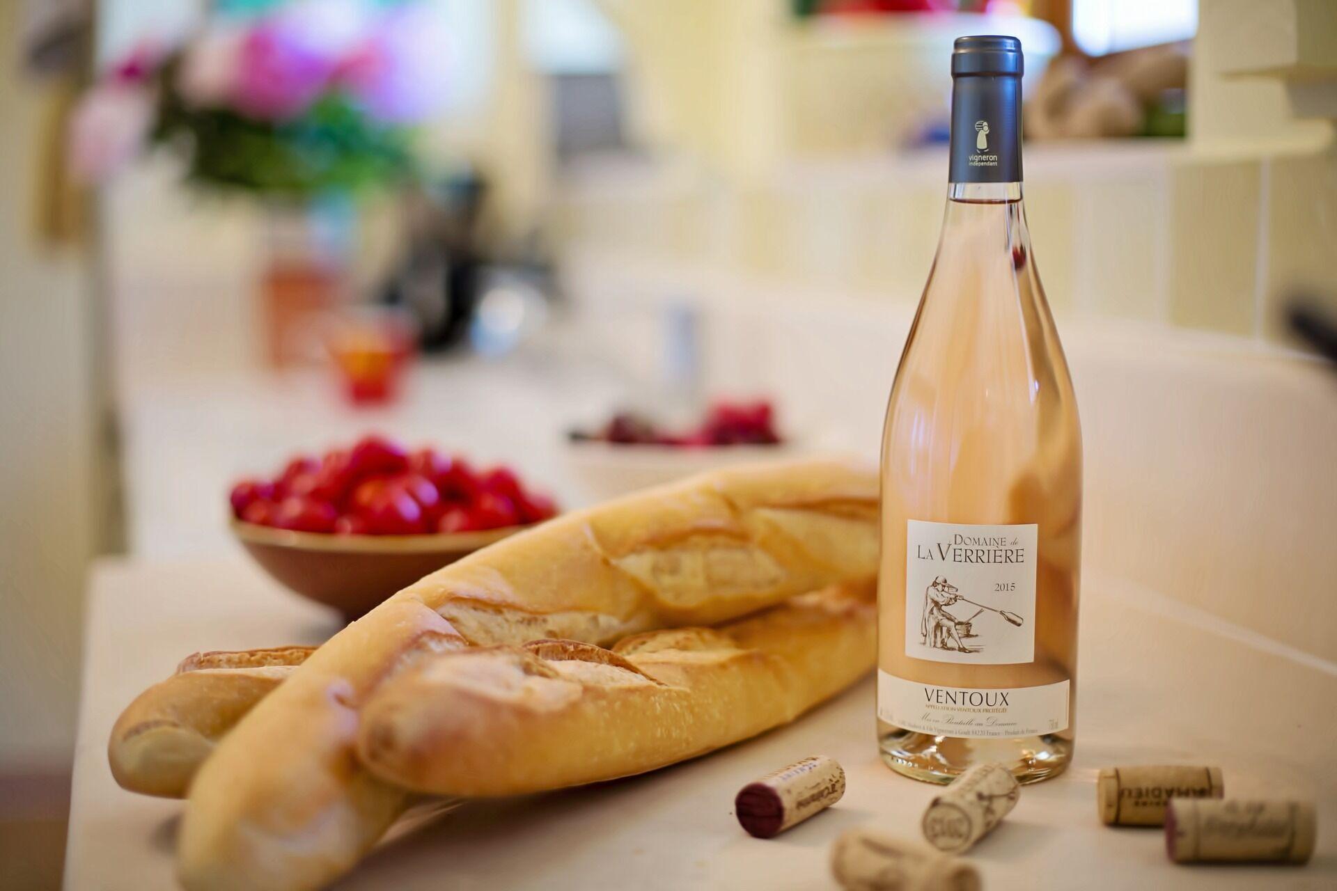 К розовым винам подходи рыба и морепродукты