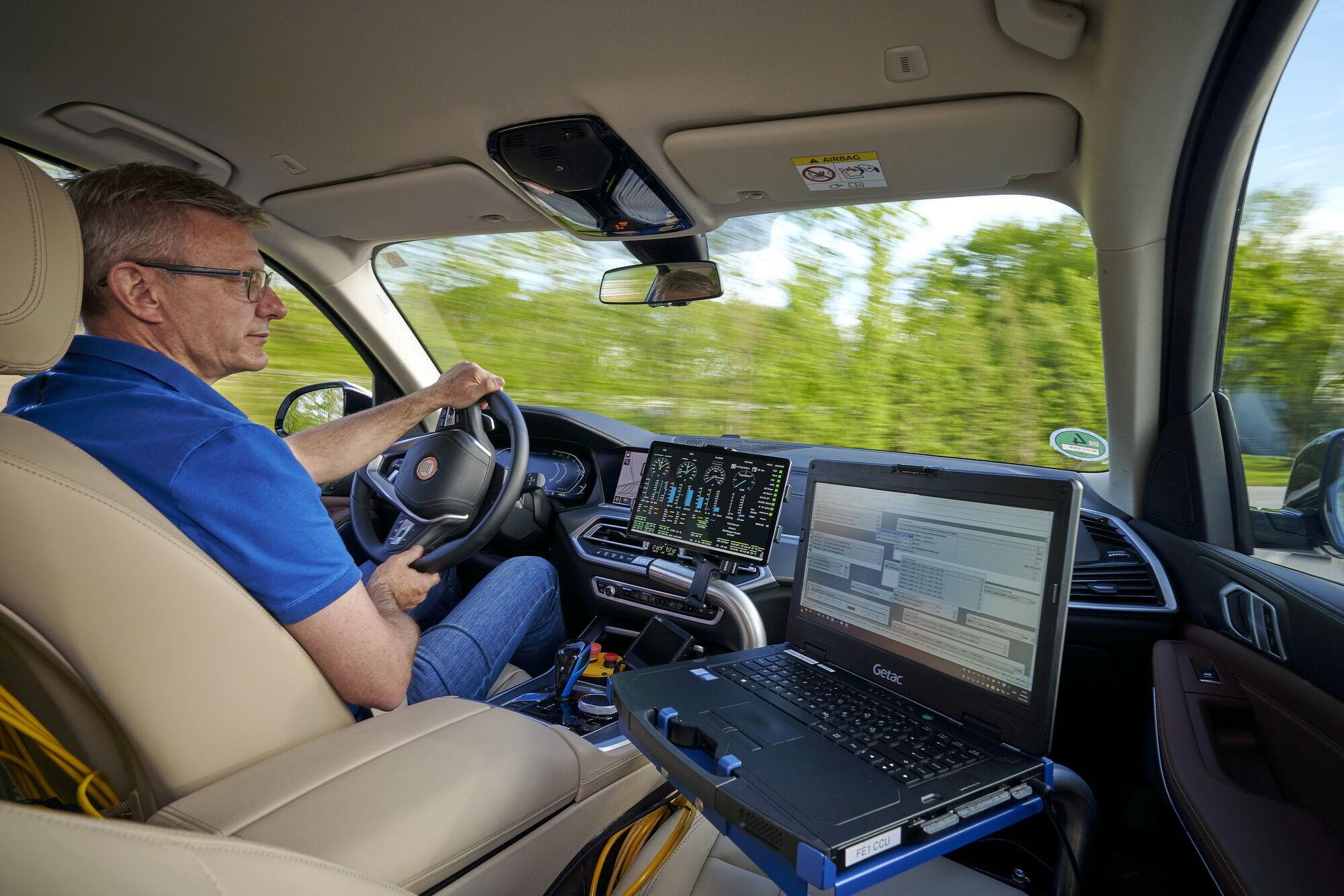 Дорожные тесты кроссовера дадут возможность получить практический опыт использование технологии Fuel Cell