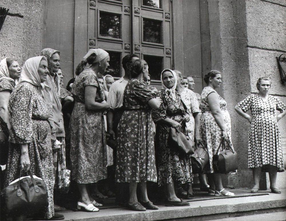 """""""Очередь в Одессе"""", 1960-е годы"""