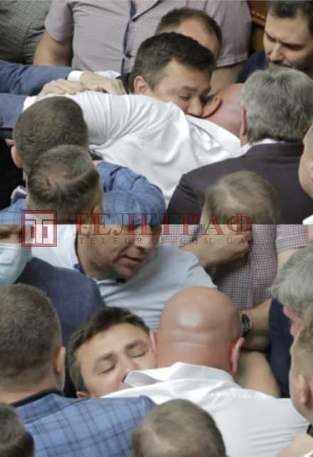 У бійці взяли участь Микола Тищенко та Ілля Кива