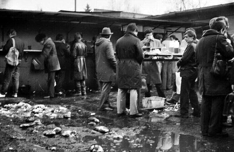 """Пивная """"Семь дорог"""", 1980-е, Москва"""