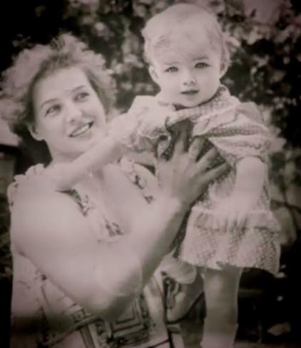 Валерия Лукьянова и ее мама