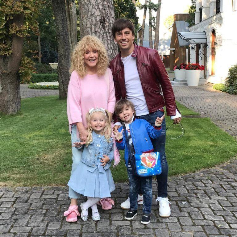 Алла Пугачова і Максим Галкін із дітьми