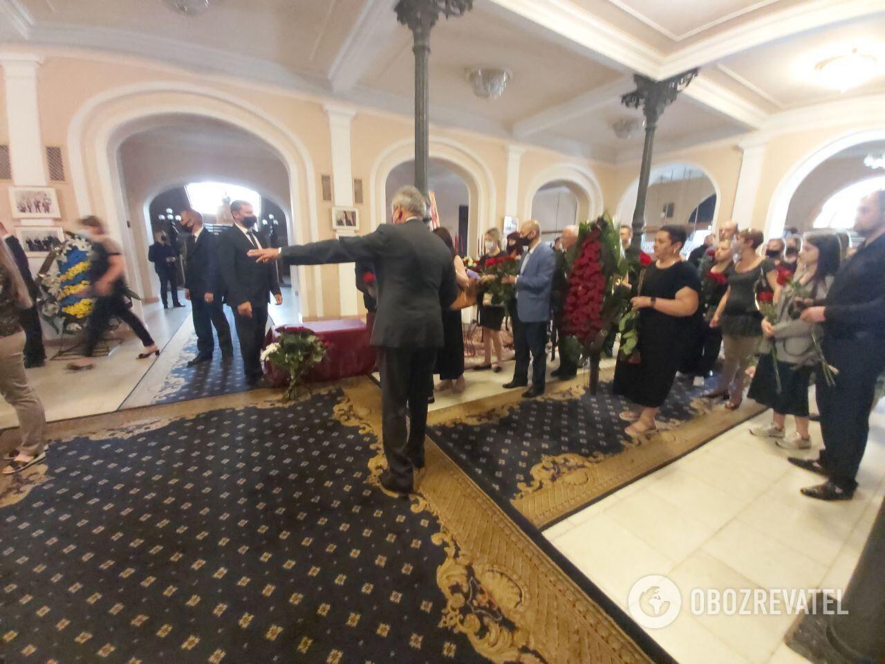 Церемония прощания с Григорием Чапкисом