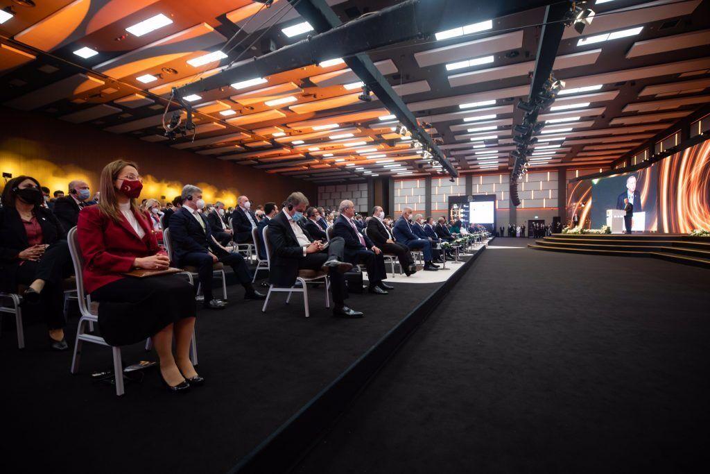 У форумі беруть участь понад 40 глав держав