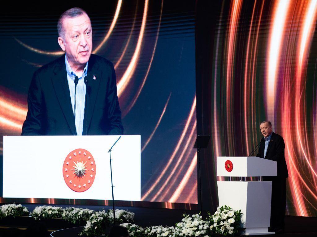 Порошенко на дипфорумі в Туреччині обговорив із Боррелем підсумки саміту ЄС-США